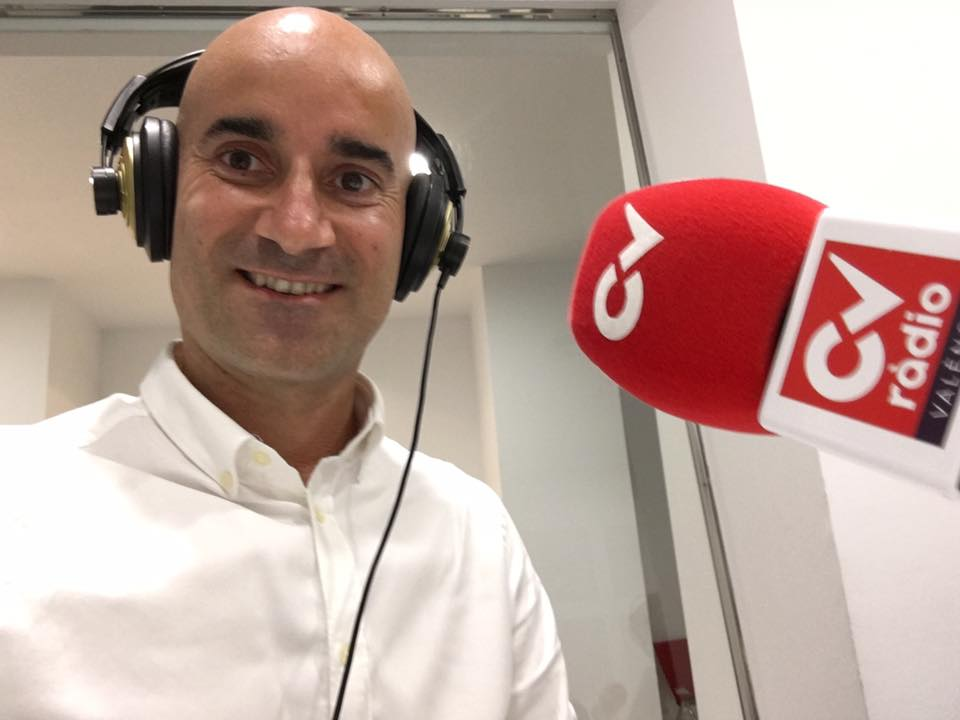 hoy en  Programa de Radio Líderes CV